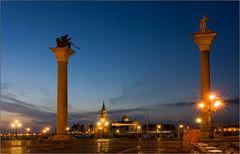 Blaue Stunde auf der Piazzetta San Marco