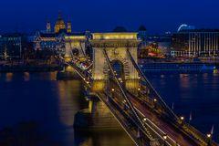Blaue Stunde in Budapest