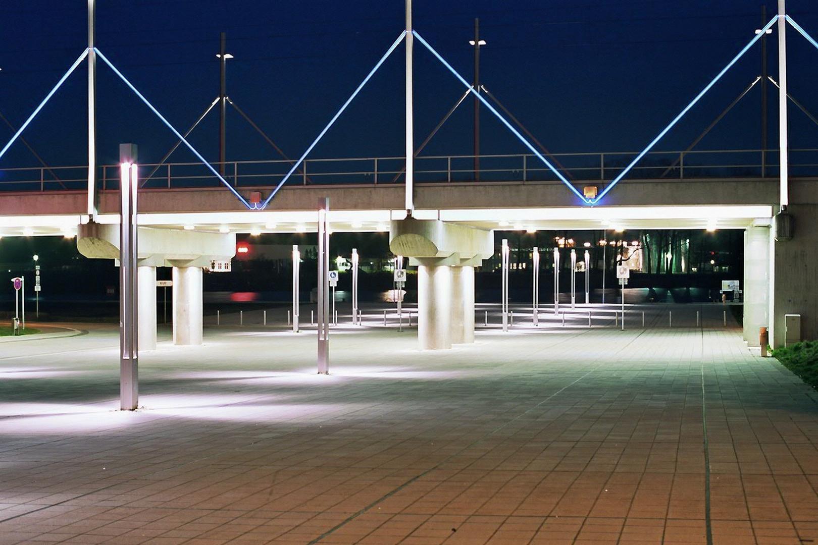 Blaue Stunde Rendsburg, Eisenbahnüberführung am Eiderhafen