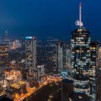Blaue Stunde über Frankfurt