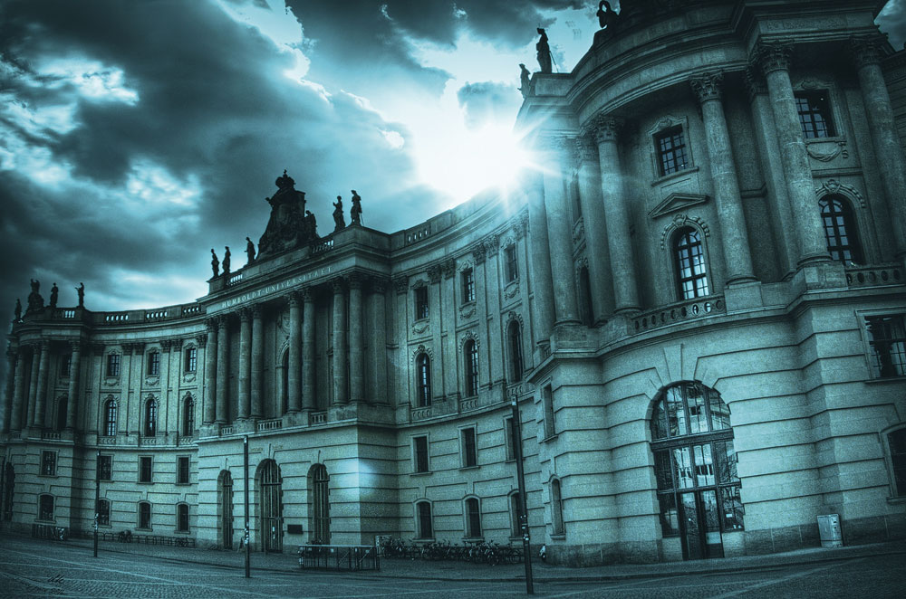 Blaue Stunde Unter den Linden