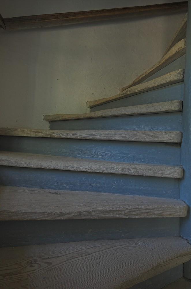 blaue Treppe 2