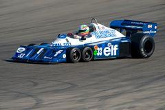 Blauer Edelstein (2)