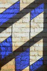 Blauer Schatten
