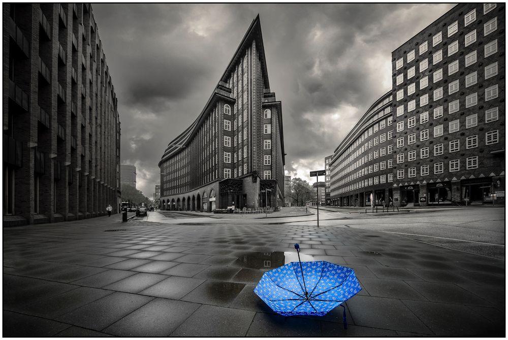 Blauer Schirm