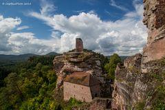 Blick auf Burg Altdahn Grafendahn Tanstein