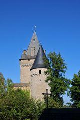 Blick auf Burg Hollenfels