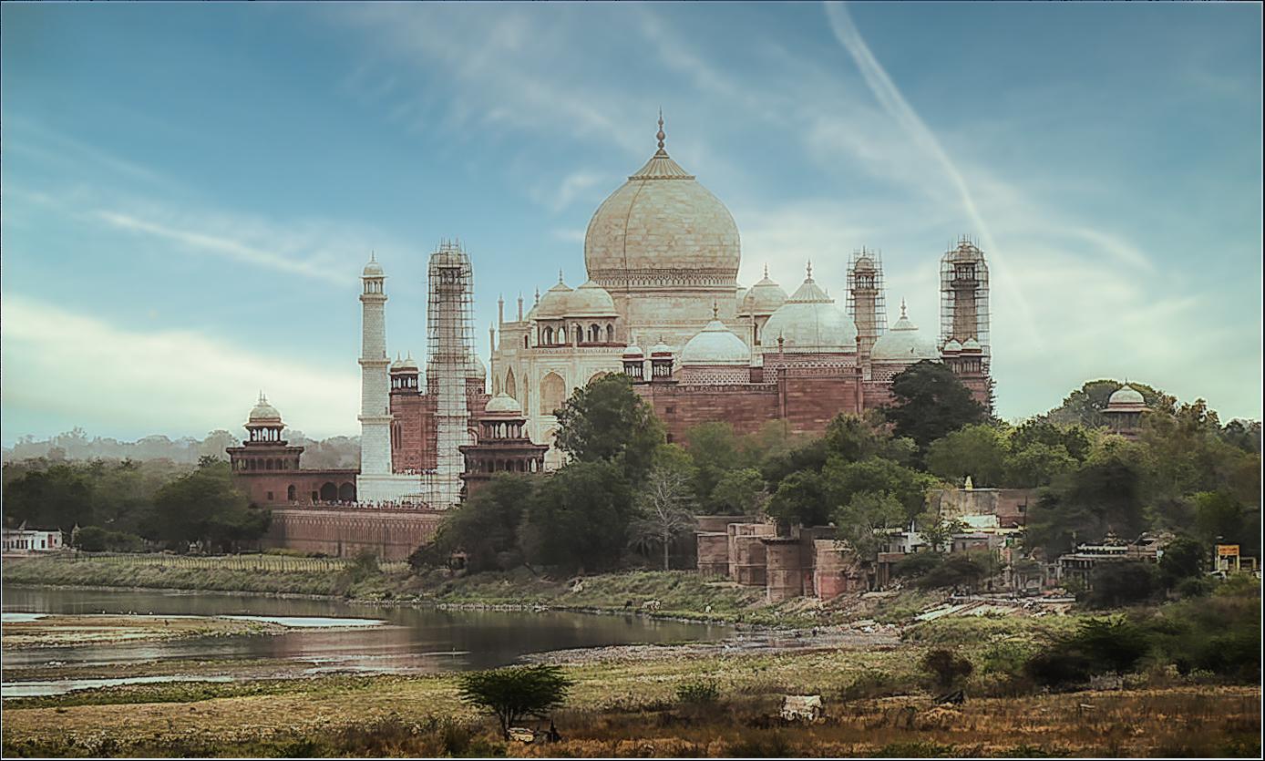 Blick auf das Taj Mahal ...