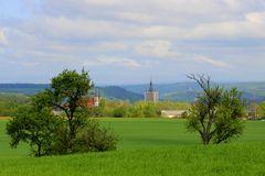 Blick auf den blauen Turm
