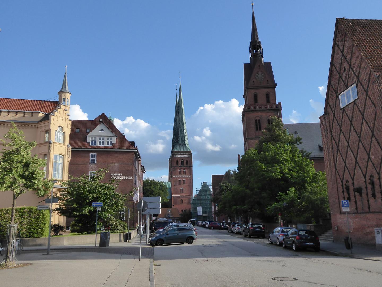 Blick auf den Dom zu Lübeck