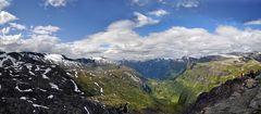 Blick auf den Geiranger Fjord...