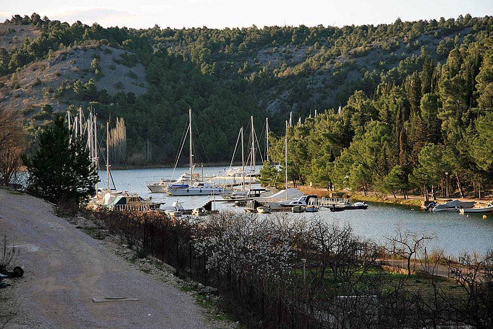 Blick auf den Jachthafen...