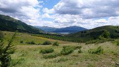 Blick auf den Lago di Campotosto und den Gran Sasso