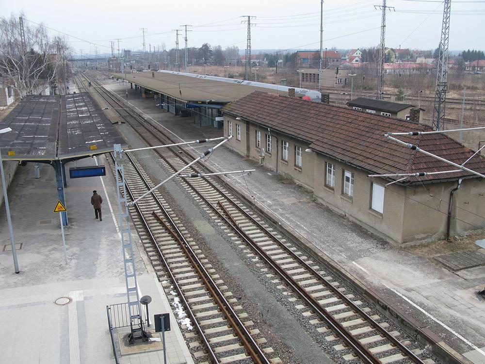 Blick auf den unteren Bahnsteig in Falkenberg