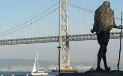 Blick auf die Bay Bridge und Oakland