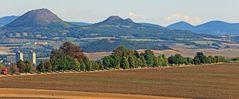 Blick auf die berühmte Südseite des Oblik mit dem Naturschutzgebiet ...