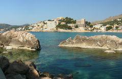 Blick auf die Bucht von Cala Fornells in Paguera