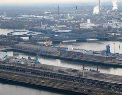 Blick auf die Freihafenbrücken  430 er Tele aus dem Ballon