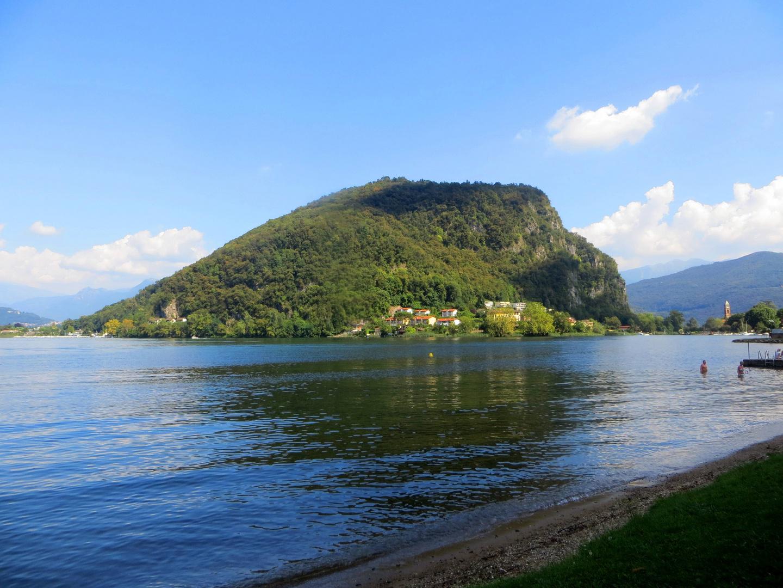 Blick auf Torrazza & Monte Caslano ...