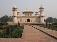 Blick auf Utimad ud Daula Mausoleum