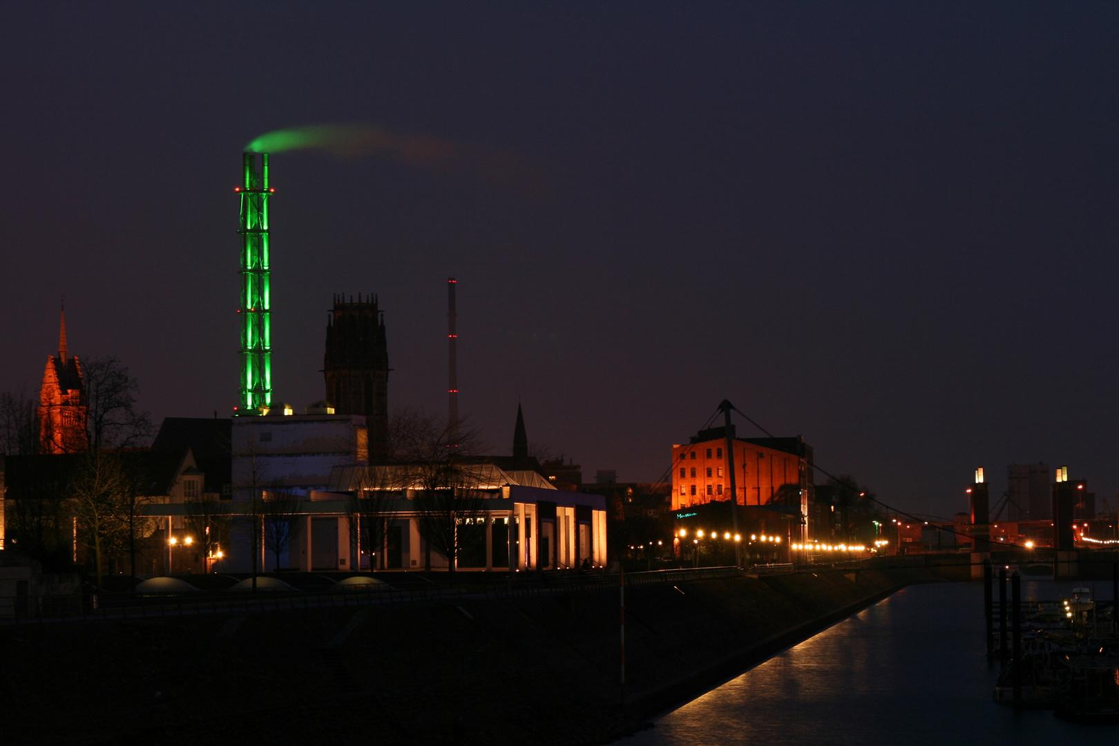 Blick aus dem Duisburger Innenhafen