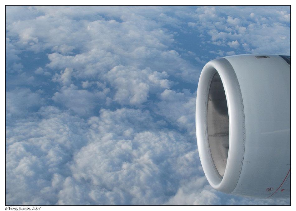 Blick aus dem Flugzeugfenster ... Foto & Bild   himmel, wolken ...