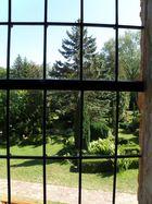 Blick aus dem Kirchenfenster