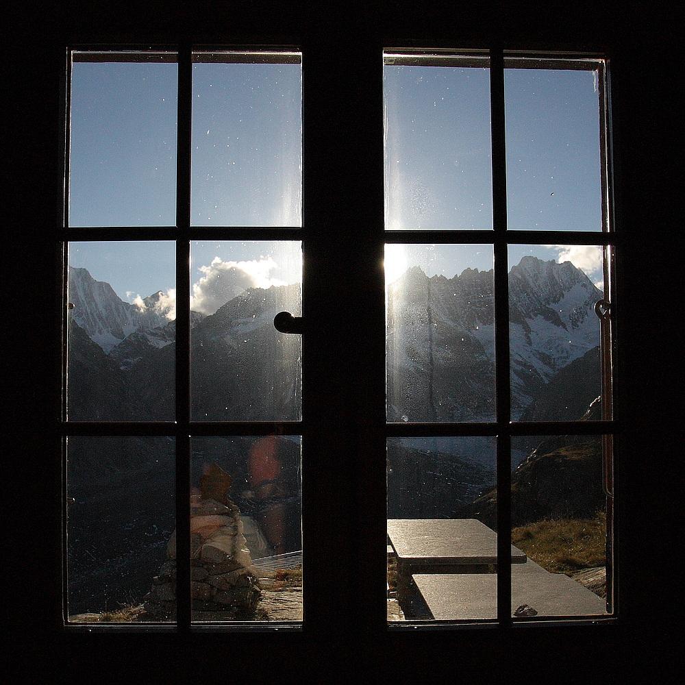 Blick aus der Lauteraarhütte