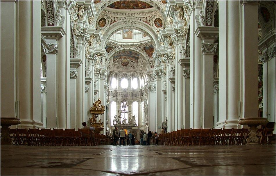 Blick einer Kirchenmaus