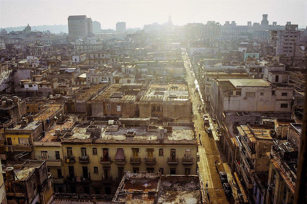 Blick Havanna Cuba Dia-21-35-col +6Cubafotos