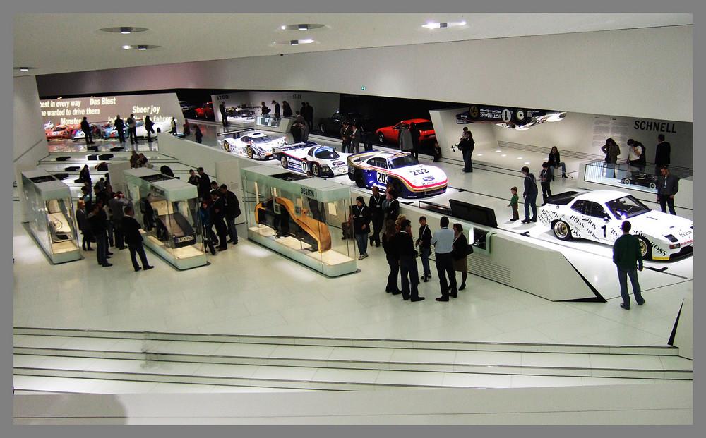 Blick in das neue Porschemuseum