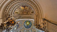Blick in die Neo-Renaissance Kuppeln des BERLINER DOMS