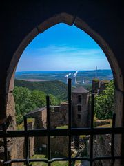 Blick ins Egertal von der Burg Hasištejn