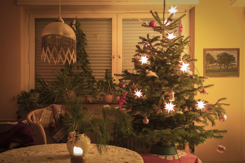 Blick ins Weihnachtszimmer Foto & Bild   gratulation und feiertage ...