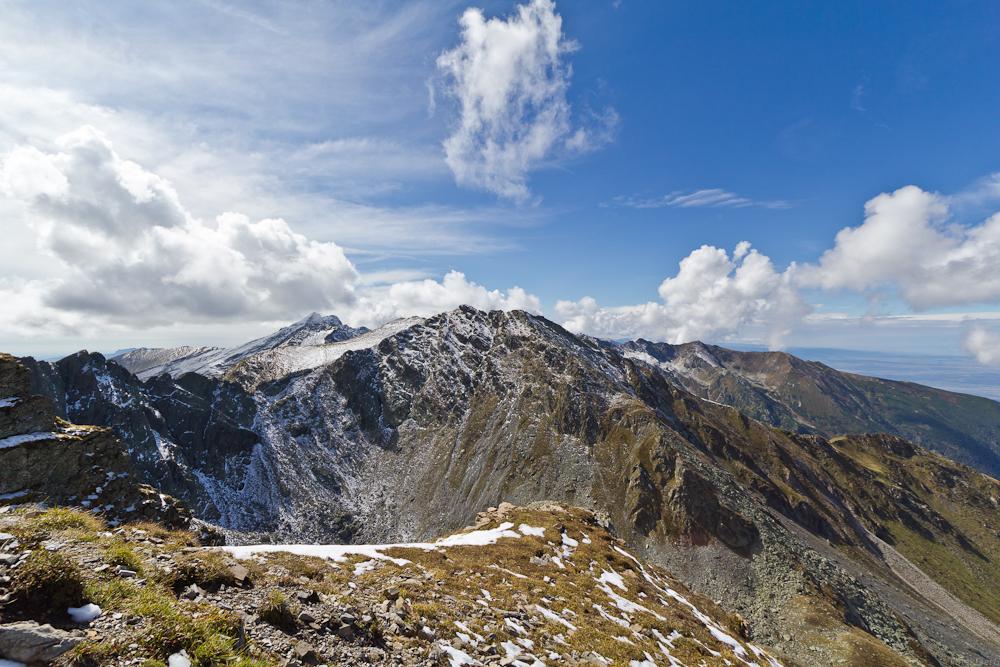 Blick Richtung Negoiu (2.535m)...