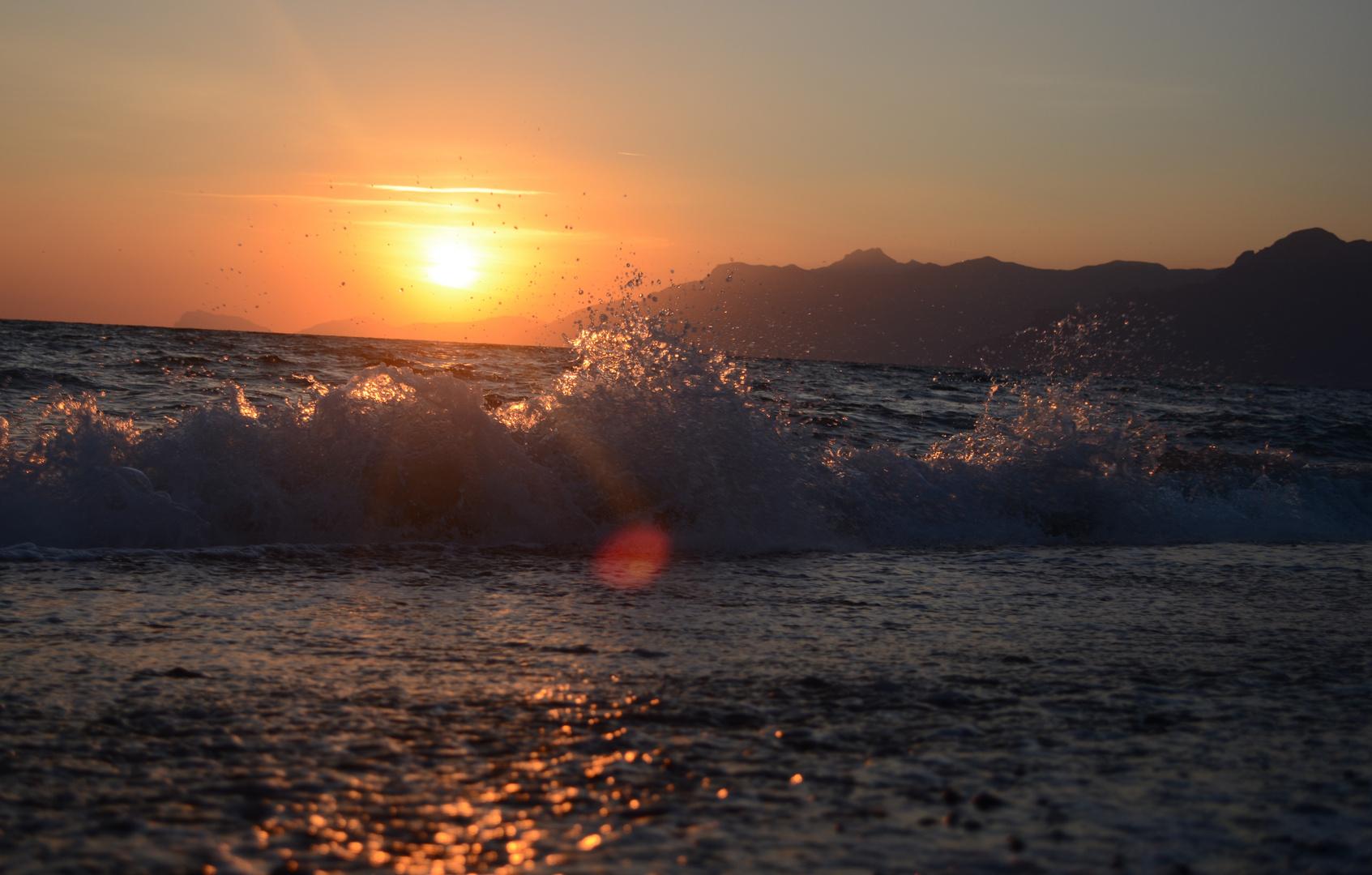 Blick Südlich von Salerno auf die Amalfi Küste