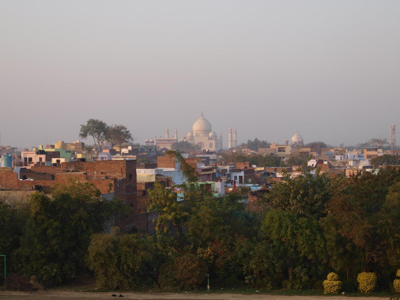 Blick über Agra auf das Thaj Mahal