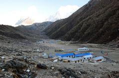 Blick über Bhimtang auf 3700 m Höhe