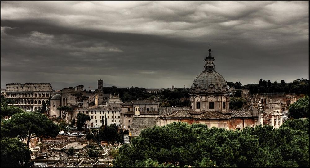 Blick über das Forum Romanum . . .