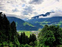 Blick über das Zillertal ins Gerlostal