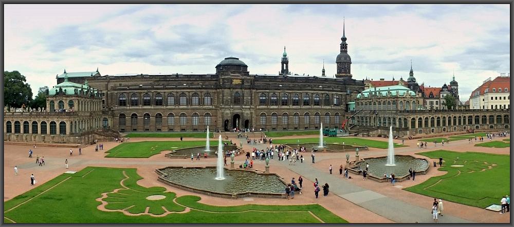 Blick über den Hof des Dresdner Zwinger
