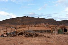Blick über den Wüstenort Tafraout Hassi Fougani im Süden von Marokko