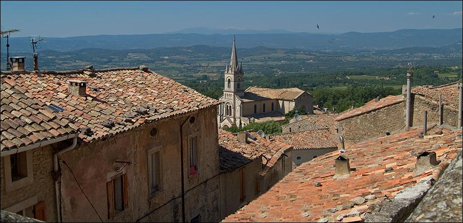 Blick über die Dächer von Bonnieux...