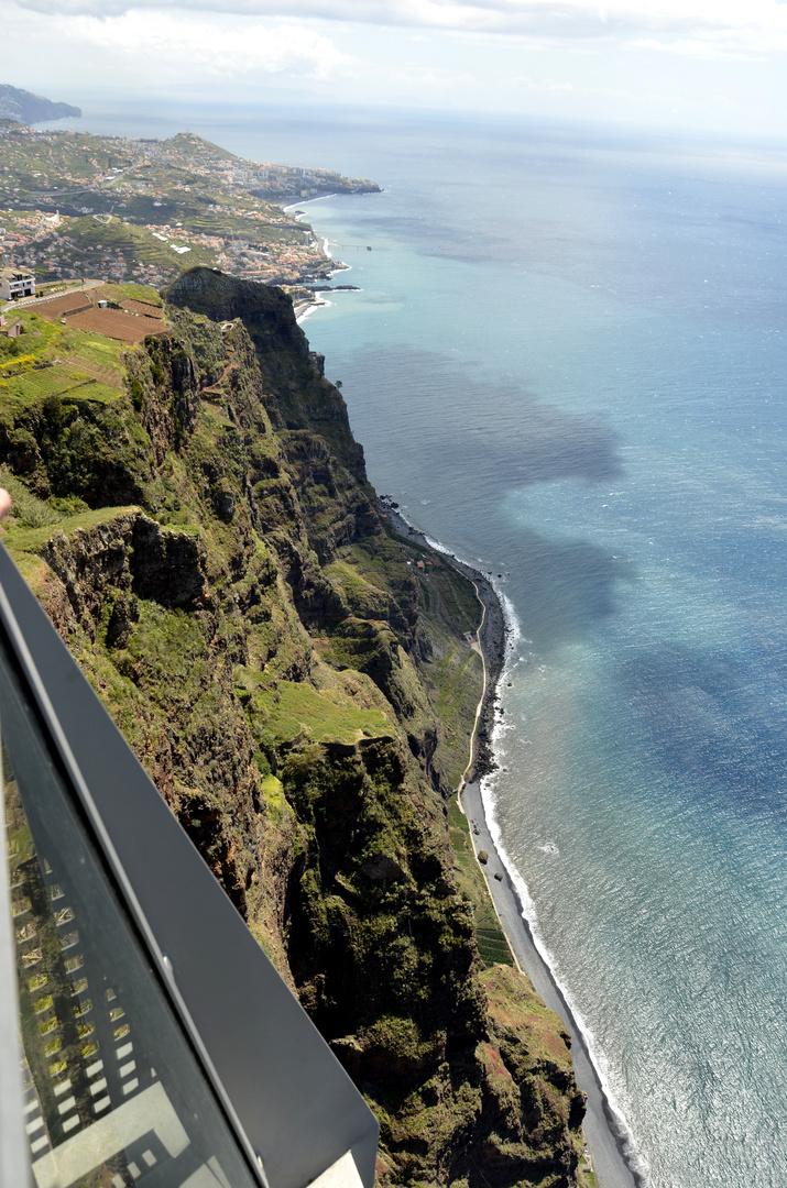 Blick vom Aussichtspunkt Cabo Girão