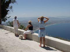 Blick vom Berg zum Isthmos
