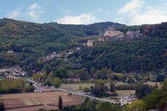Blick vom Chateau Marqueyssac Beynac - 3