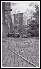Blick vom DUMBO (Plymouth Street / Washington Street) auf die Brooklyn Bridge