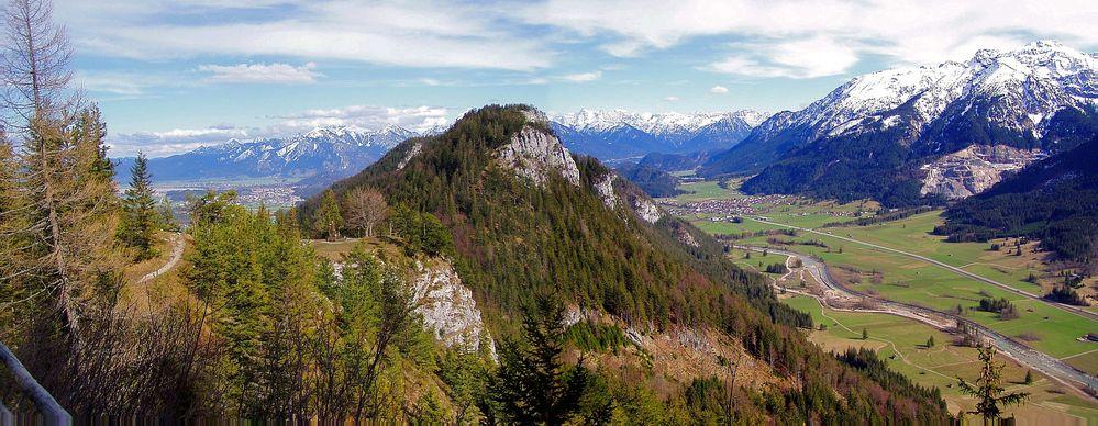 Blick vom Falkenstein ins Vilstal