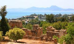 Blick vom Forum auf den Punische Rundhafen von Karthago