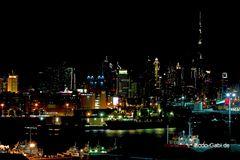 Blick vom Hafen nach Dubai